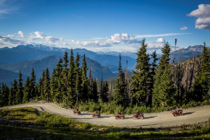 Friends Enjoying a Canadian Wilderness Adventure Tour - Photo by Justa Jeskova